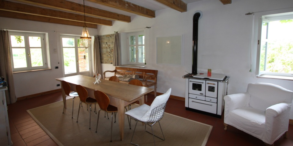 The spacious dining area in the very light and airy kitchen
